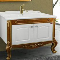Toilet with oyster cabinet
